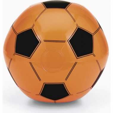 Voordeelset van 25x stuks opblaasbare oranje voetbal strandballen