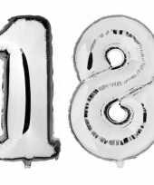 18 jaar zilveren folie ballonnen 88 cm leeftijd cijfer