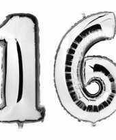 Sweet 16 zilveren folie ballonnen 88 cm leeftijd cijfer 16 jaar